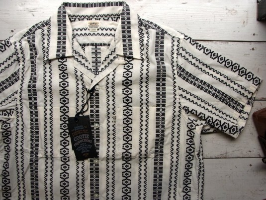 Dobby Stripe S/S Open-Neck Shirt